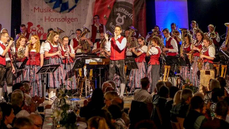 7.-Honsolgener-Blasmusiknacht_004