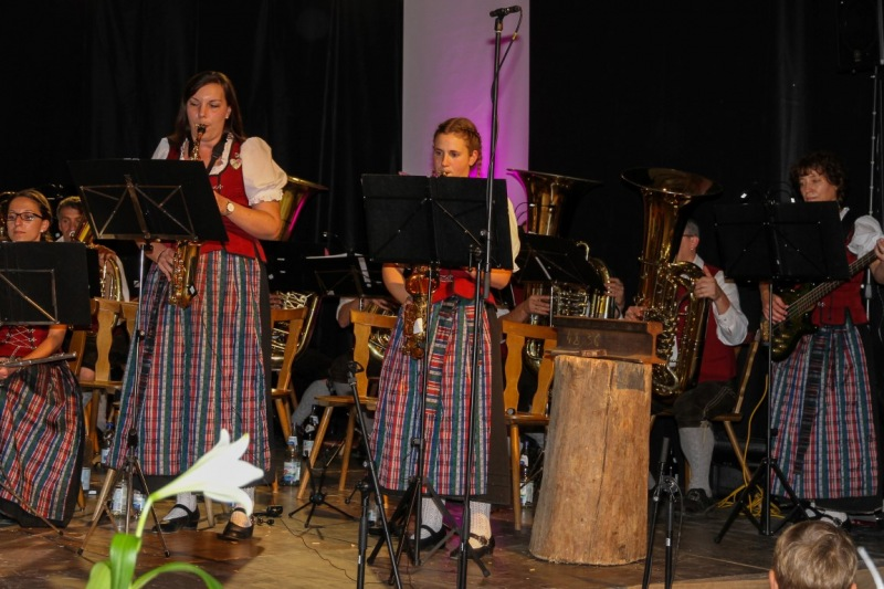 7.-Honsolgener-Blasmusiknacht_017